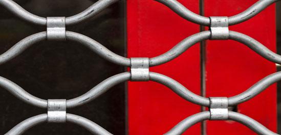 ρολα ασφαλειας καταστηματων δικτυωτα